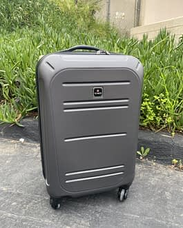 Tag 22″ Hardcase Carry On Luggage Spinner Wheels Gray